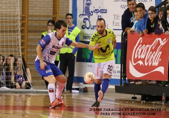 Richi Felipe ante Ricardinho D-Link Zaragoza Movistar Inter